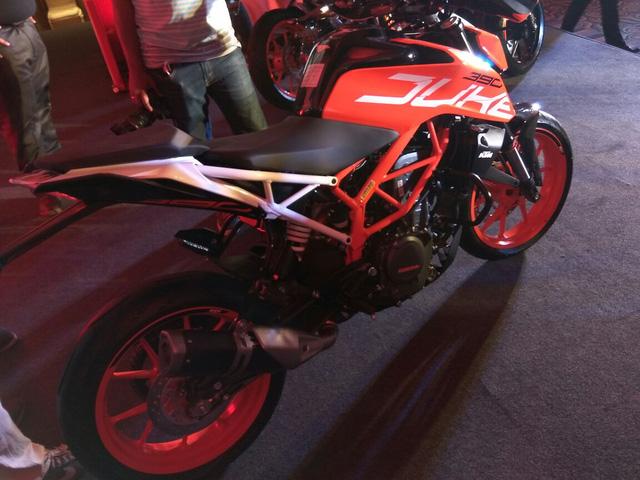 Naked bike KTM Duke 390 2017 ra mắt Ấn Độ với giá 77 triệu Đồng - Ảnh 3.
