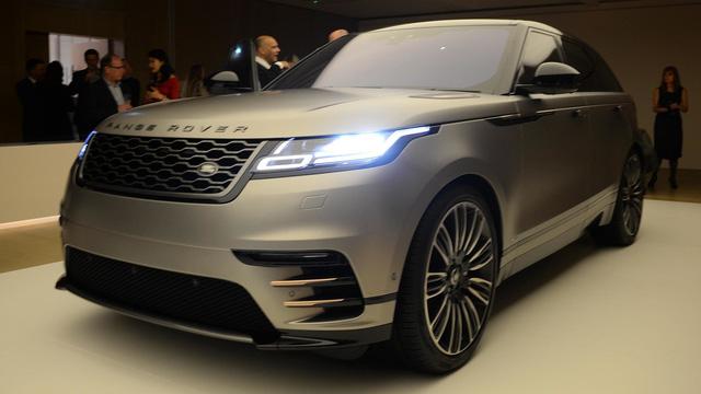 Ngắm Range Rover Velar bằng xương, bằng thịt, cạnh tranh Porsche Macan - Ảnh 10.