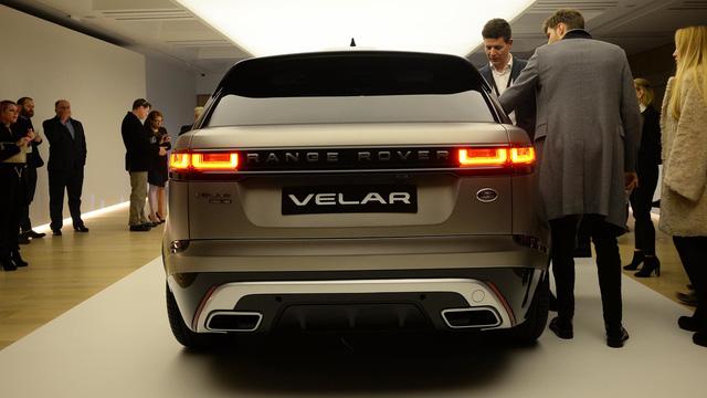 Ngắm Range Rover Velar bằng xương, bằng thịt, cạnh tranh Porsche Macan - Ảnh 11.