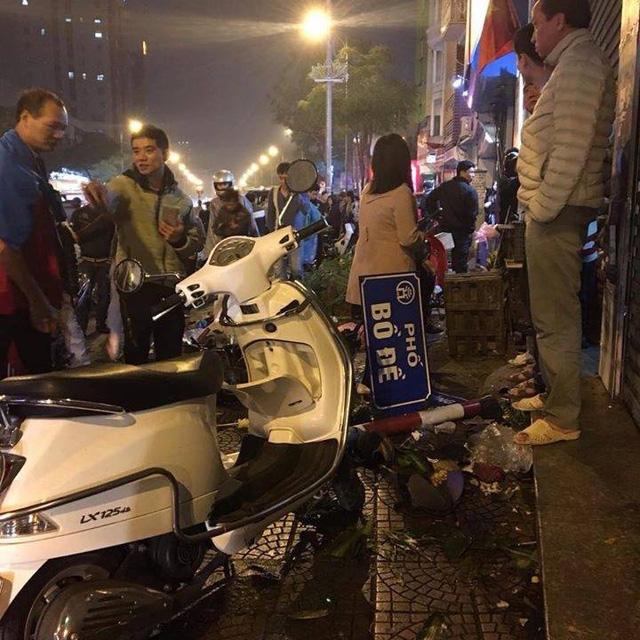 Toyota Yaris gây tai nạn liên hoàn tại Hà Nội, ít nhất 6 người bị thương - Ảnh 7.