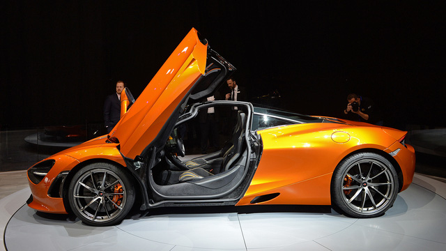 Siêu xe McLaren 720S hiện nguyên hình, giá từ 5,8 tỷ Đồng - Ảnh 17.