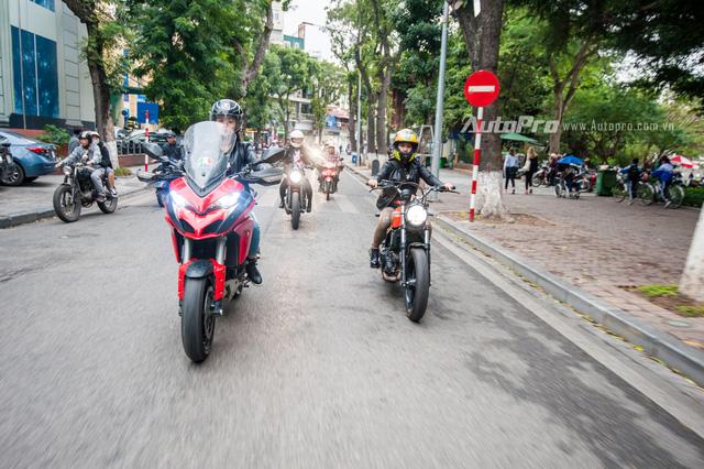 Hà Nội: Dàn nữ biker xuống phố ngày 8/3 - Ảnh 3.