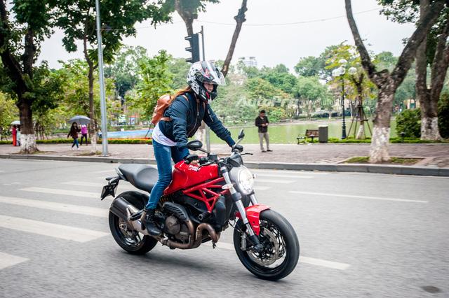 Hà Nội: Dàn nữ biker xuống phố ngày 8/3 - Ảnh 5.