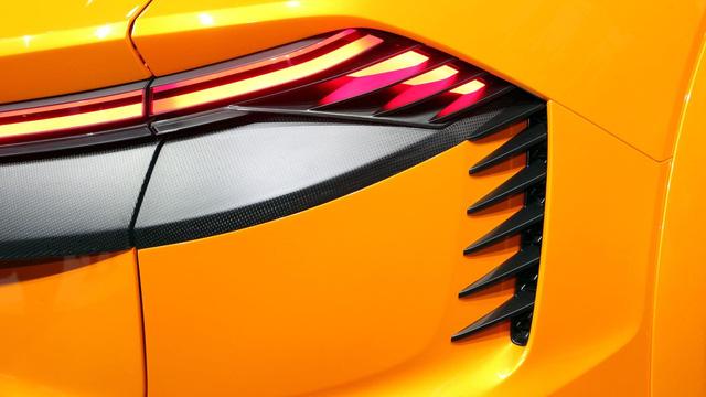 Audi Q8 sport - SUV hạng sang cỡ lớn đậm chất thể thao - Ảnh 13.