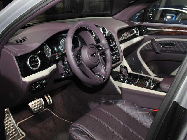 Cận cảnh SUV nhà giàu Bentley Bentayga Mulliner bằng xương, bằng thịt - Ảnh 5.