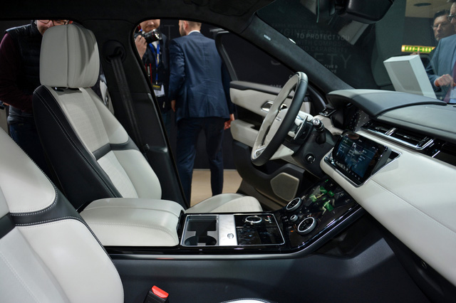 Giá chi tiết của SUV hạng sang Range Rover Velar mới - Ảnh 13.
