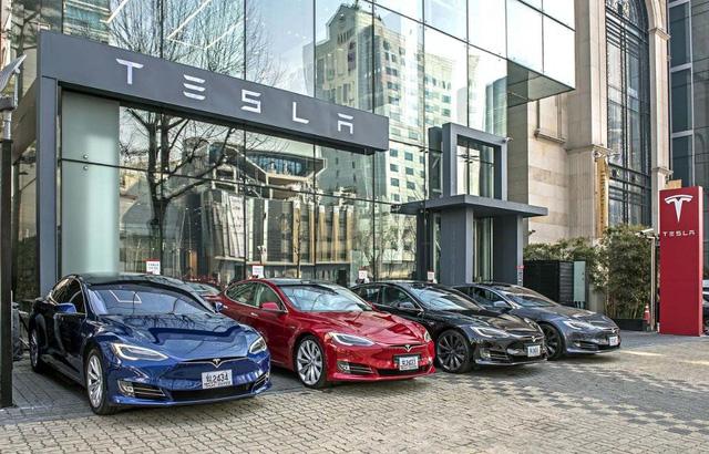 Người Hàn Quốc phát cuồng vì Tesla, sẵn sàng chờ 6 tháng để lái thử xe - Ảnh 2.