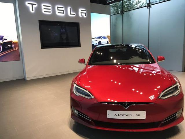 Người Hàn Quốc phát cuồng vì Tesla, sẵn sàng chờ 6 tháng để lái thử xe - Ảnh 3.