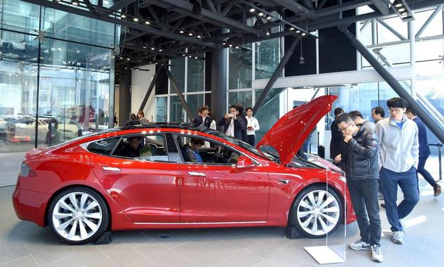 Người Hàn Quốc phát cuồng vì Tesla, sẵn sàng chờ 6 tháng để lái thử xe - Ảnh 5.