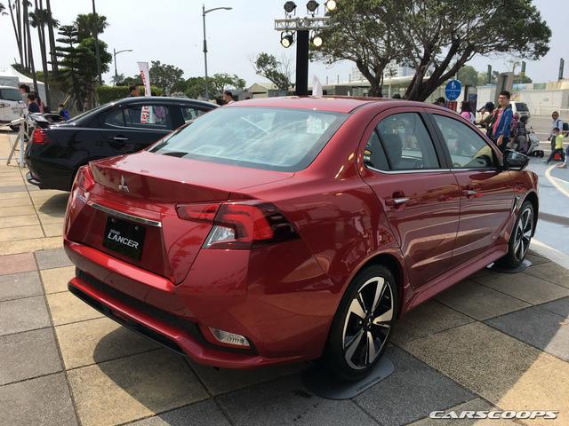 Ngắm Mitsubishi Lancer phiên bản mới dành cho châu Á ngoài đời thực - Ảnh 3.
