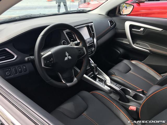 Ngắm Mitsubishi Lancer phiên bản mới dành cho châu Á ngoài đời thực - Ảnh 4.