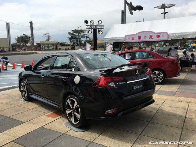 Ngắm Mitsubishi Lancer phiên bản mới dành cho châu Á ngoài đời thực - Ảnh 5.