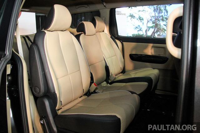 Cận cảnh Kia Sedona 8 chỗ, rẻ hơn xe ở Việt Nam - Ảnh 15.
