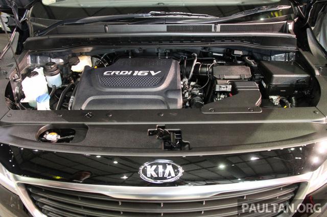 Cận cảnh Kia Sedona 8 chỗ, rẻ hơn xe ở Việt Nam - Ảnh 17.