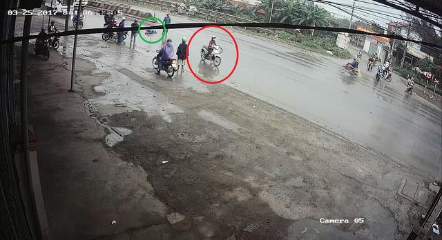 Video cô gái gây tai nạn cho người phụ nữ đạp xe qua đường rồi bỏ đi gây tranh cãi - Ảnh 8.