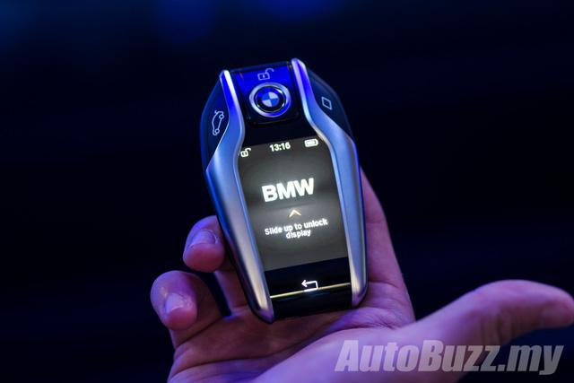 BMW 5-Series thế hệ mới chính thức ra mắt Đông Nam Á, giá từ 2,05 tỷ Đồng - Ảnh 12.