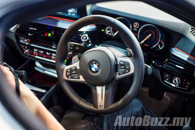 BMW 5-Series thế hệ mới chính thức ra mắt Đông Nam Á, giá từ 2,05 tỷ Đồng - Ảnh 16.