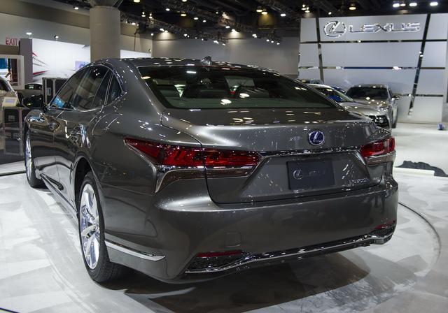 Chiêm ngưỡng vẻ đẹp ngoài đời thực của xe sang cỡ lớn Lexus LS500h 2018 - Ảnh 4.