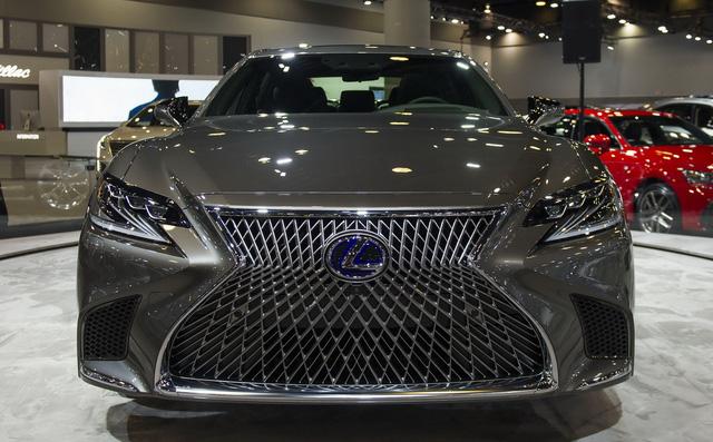 Chiêm ngưỡng vẻ đẹp ngoài đời thực của xe sang cỡ lớn Lexus LS500h 2018 - Ảnh 5.