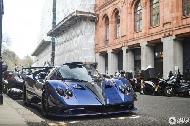 Siêu phẩm Pagani Zonda thửa riêng của ông chủ đại lý Bugatti tái xuất - Ảnh 1.