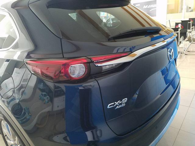 Crossover 7 chỗ Mazda CX-9 2017 xuất hiện tại đại lý ở Hà Nội, giá hơn 2 tỷ Đồng - Ảnh 2.