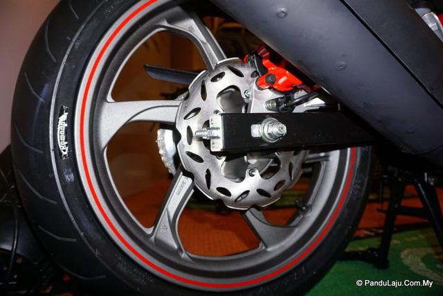 Cận cảnh xe côn tay Benelli RFS150i - đối thủ mới của Yamaha Exciter 150 - Ảnh 9.