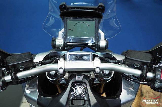 SUV việt dã 2 bánh Honda X-ADV ra mắt Đông Nam Á, giá từ 272 triệu Đồng - Ảnh 10.