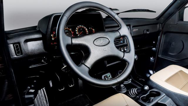 Xe việt dã 40 năm tuổi Lada 4x4 có phiên bản đặc biệt mới - Ảnh 3.