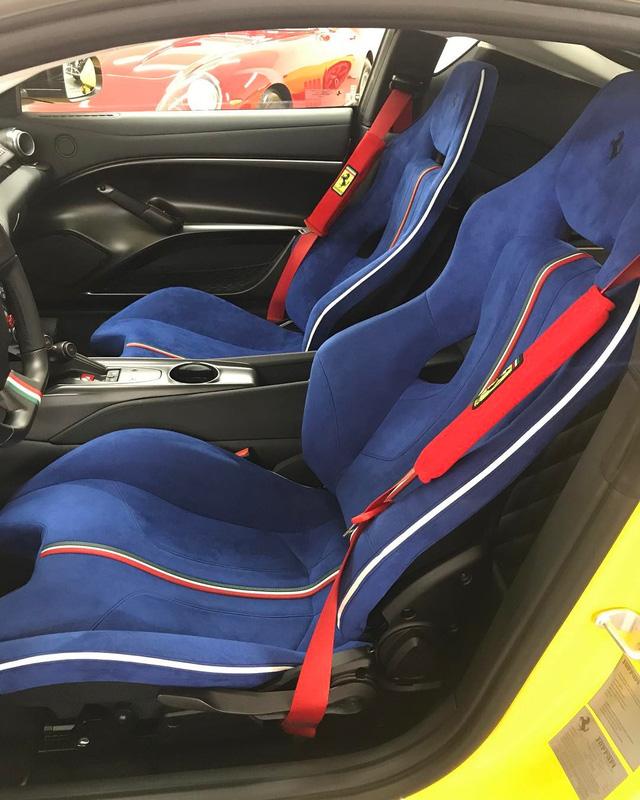 Cận cảnh siêu xe Ferrari F12tdf có một không hai của ông chủ hãng trang sức - Ảnh 9.