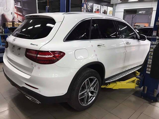 Mercedes-Benz Việt Nam nói gì về vụ khoang động cơ của GLC300 bốc cháy? - Ảnh 6.