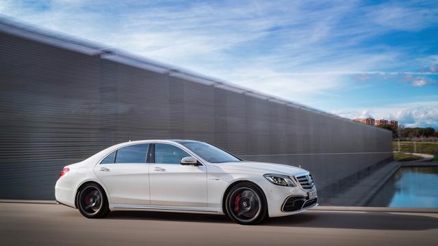 Chi tiết cặp xe sang thể thao Mercedes-AMG S63 và S65 2018 - Ảnh 1.