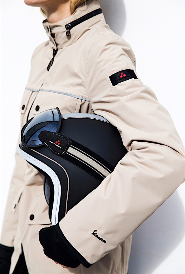 Vespa ra mắt bộ sưu tập phụ kiện thời trang mới - Ảnh 5.