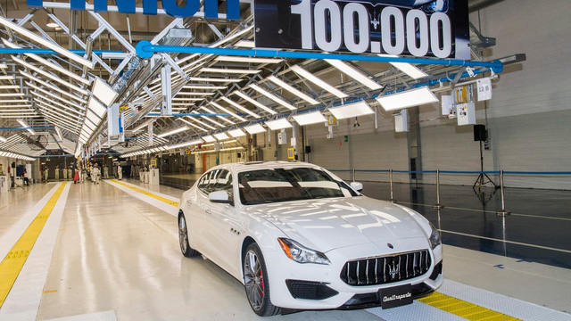 Nữ đại gia trẻ trở thành chủ sở hữu của chiếc Maserati thứ 100.000 xuất xưởng - Ảnh 1.