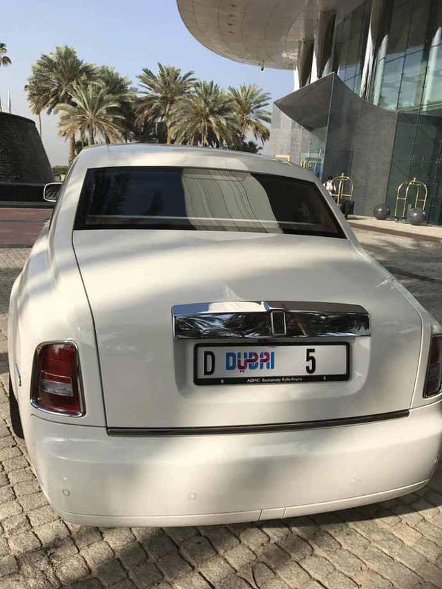 Chiếc Rolls-Royce Phantom đeo biển số trị giá hơn 199 tỷ Đồng lộ diện - Ảnh 5.
