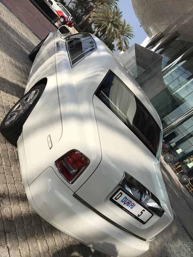 Chiếc Rolls-Royce Phantom đeo biển số trị giá hơn 199 tỷ Đồng lộ diện - Ảnh 6.