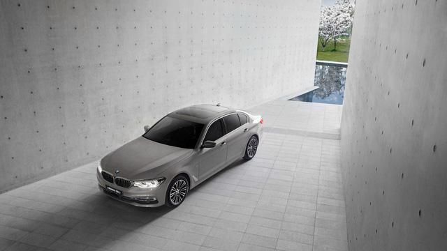 Chi tiết xe sang khiến nhiều người phát thèm BMW 5-Series Li 2017 - Ảnh 2.