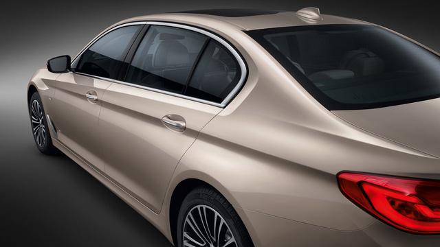 Chi tiết xe sang khiến nhiều người phát thèm BMW 5-Series Li 2017 - Ảnh 7.