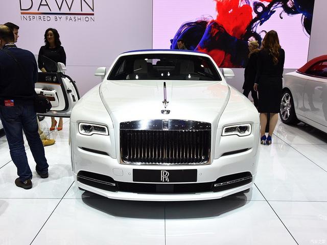 Thiếu gia con nhà tỷ phú mua 2 xe Rolls-Royce trong 1 triển lãm - Ảnh 4.