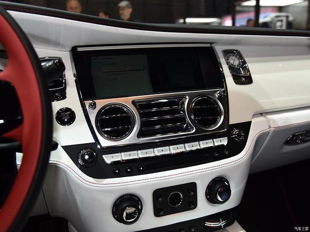 Thiếu gia con nhà tỷ phú mua 2 xe Rolls-Royce trong 1 triển lãm - Ảnh 9.