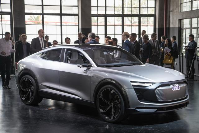 Audi E-Tron Sportback - Đối thủ mới của SUV hạng sang BMW X6 - Ảnh 9.