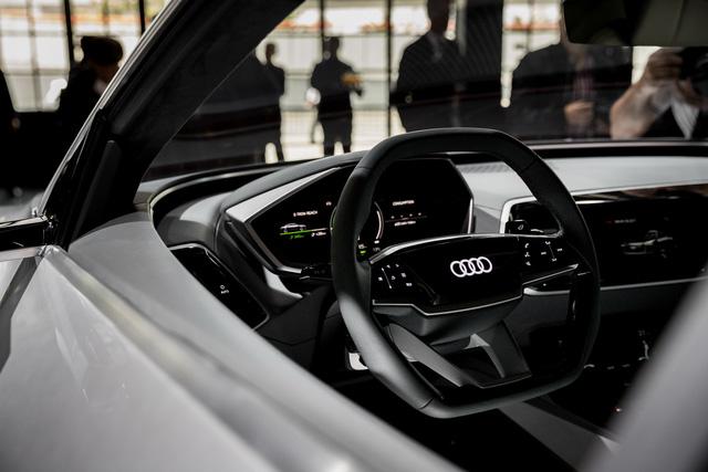 Audi E-Tron Sportback - Đối thủ mới của SUV hạng sang BMW X6 - Ảnh 14.