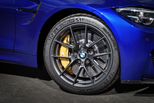 Làm quen với một BMW M4 mạnh mẽ và ấn tượng hơn - Ảnh 12.