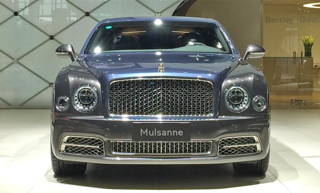 Xe siêu sang Bentley Mulsanne phiên bản vàng ra mắt nhà giàu Trung Quốc - Ảnh 1.