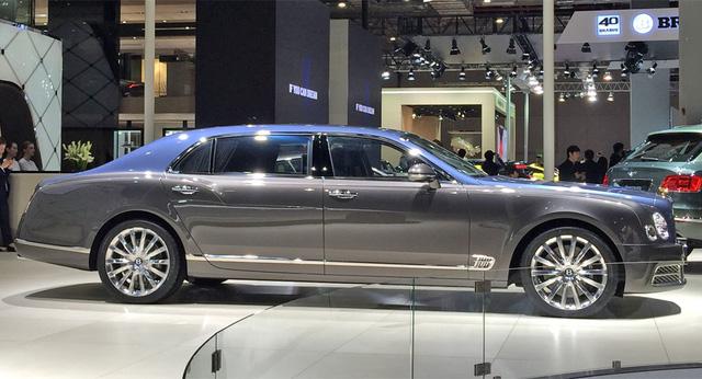 Xe siêu sang Bentley Mulsanne phiên bản vàng ra mắt nhà giàu Trung Quốc - Ảnh 3.