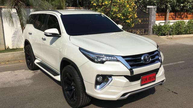 Toyota Fortuner 2017 thể thao hơn với bộ body kit nhập từ Thái Lan - Ảnh 1.