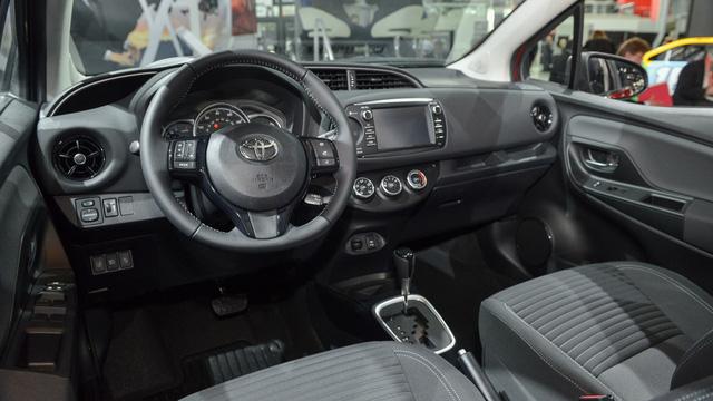 Toyota Yaris 2018 tăng giá nhẹ, từ 15.635 USD - Ảnh 6.