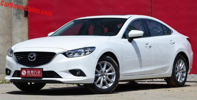 Bắt gặp phiên bản sang hơn của Mazda6 trên đường phố - Ảnh 2.