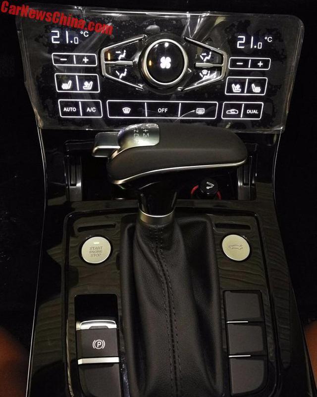 Bắt gặp phiên bản sang hơn của Mazda6 trên đường phố - Ảnh 8.