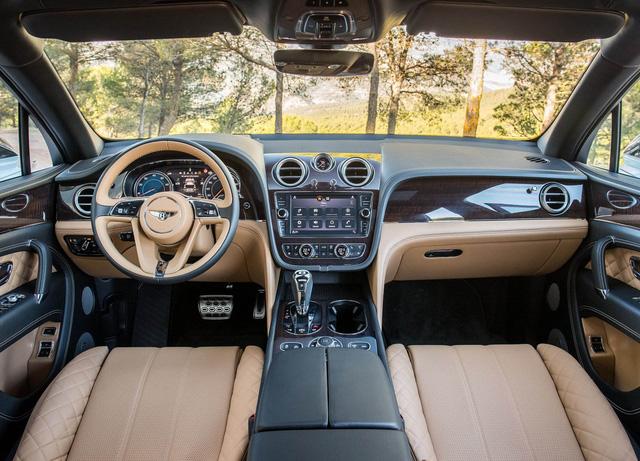 10 khoang nội thất ô tô đẹp nhất năm 2017 - Ảnh 2.