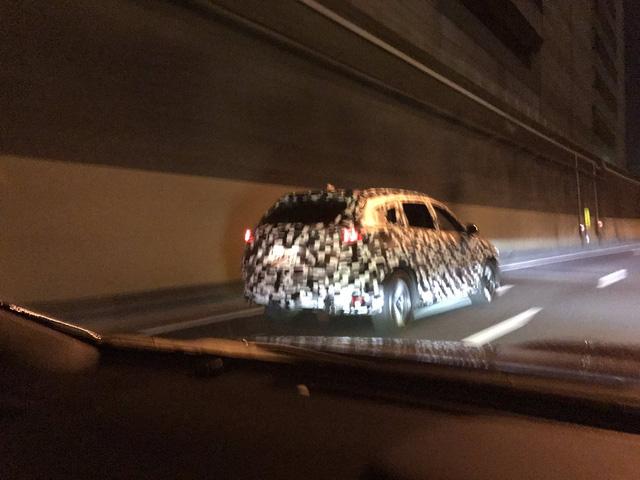 Xuất hiện hình ảnh được cho là Mazda CX-8, thiết kế na ná CX-5 - Ảnh 2.